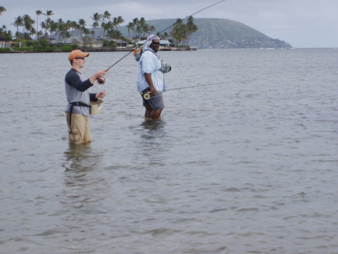 Fly fishing paradise exists on hawaiian island of oahu for Shore fishing oahu
